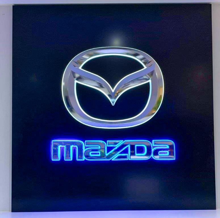 MAZDA-SINGELTON-