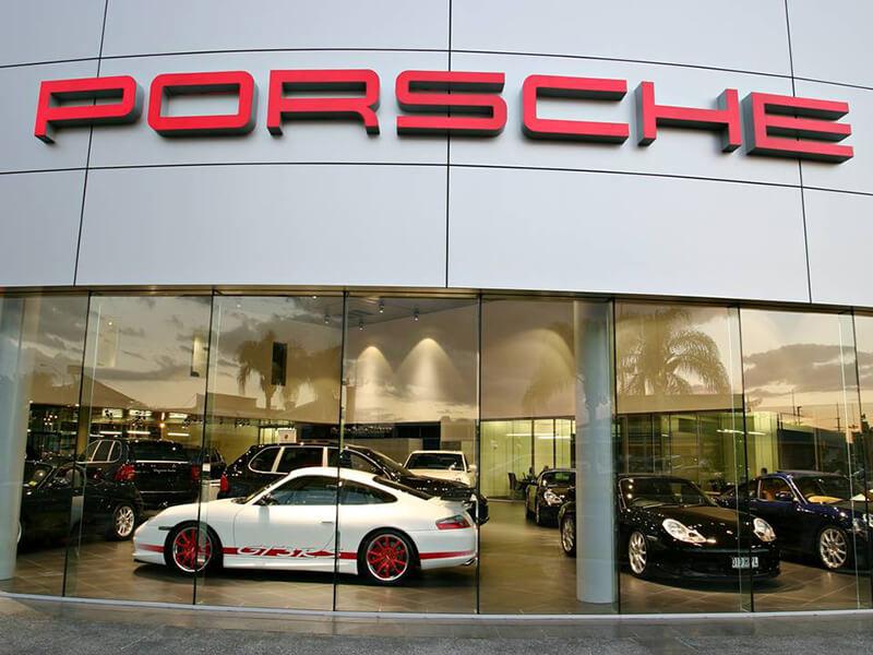 porsche-2-aut